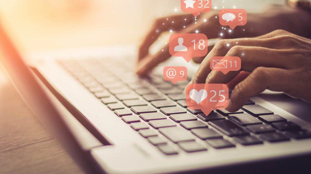 embaucher gestionnaire réseaux sociaux